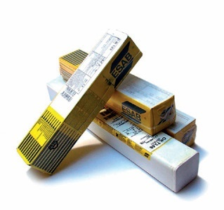 OK 74.46 30K0A tlakové nádoby Svařovací elektroda OK 74.46 3.2/450 40G0A tlak.nádoby 74463240G0 Svařovací elektroda